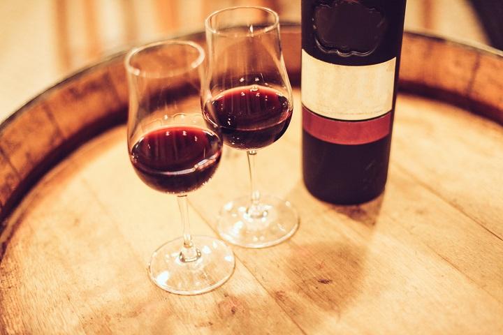 Port-wine-on-barrel