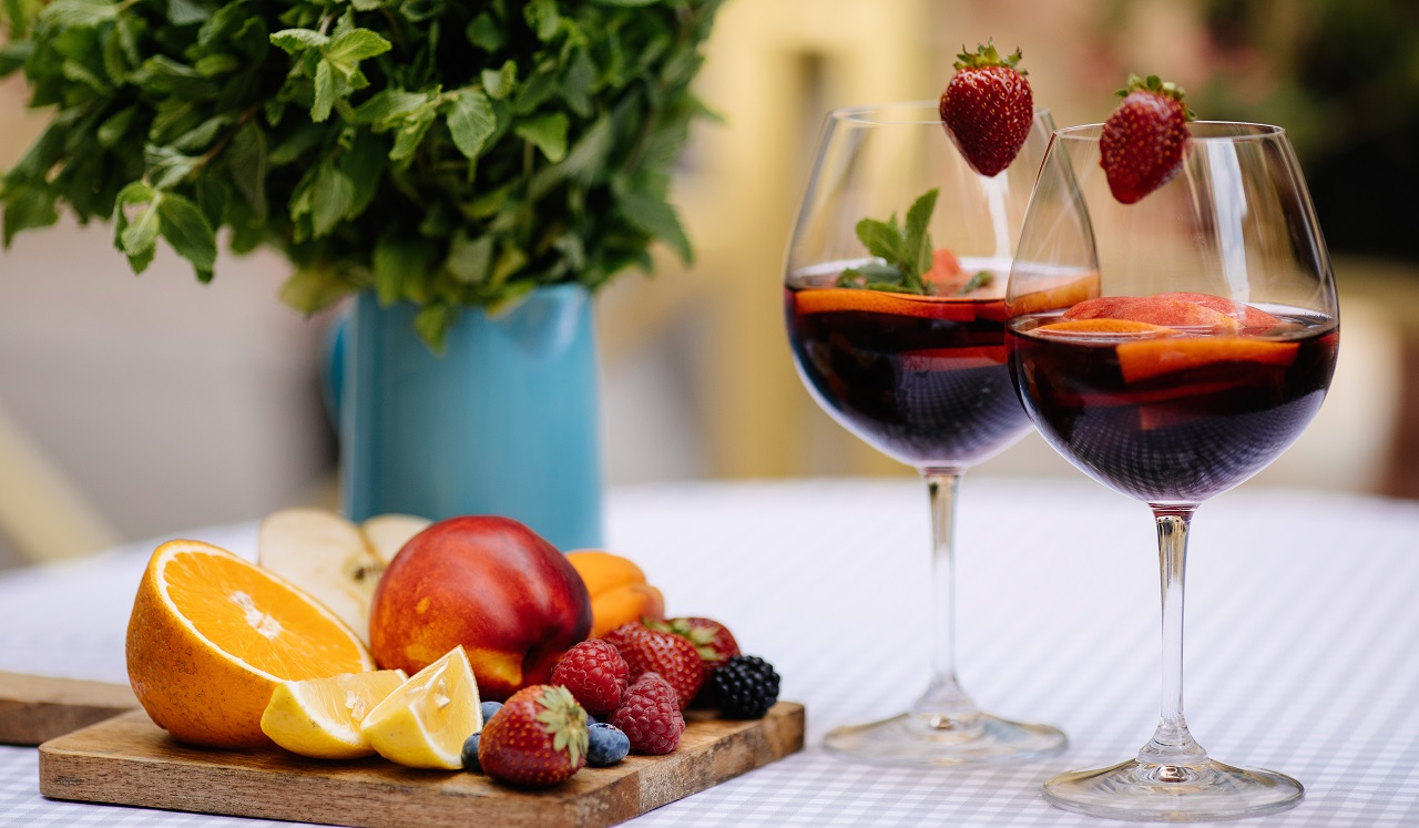 Sangria-in-glasses-with-ingredients-orange-lemon-and-lime-slices-and-mint