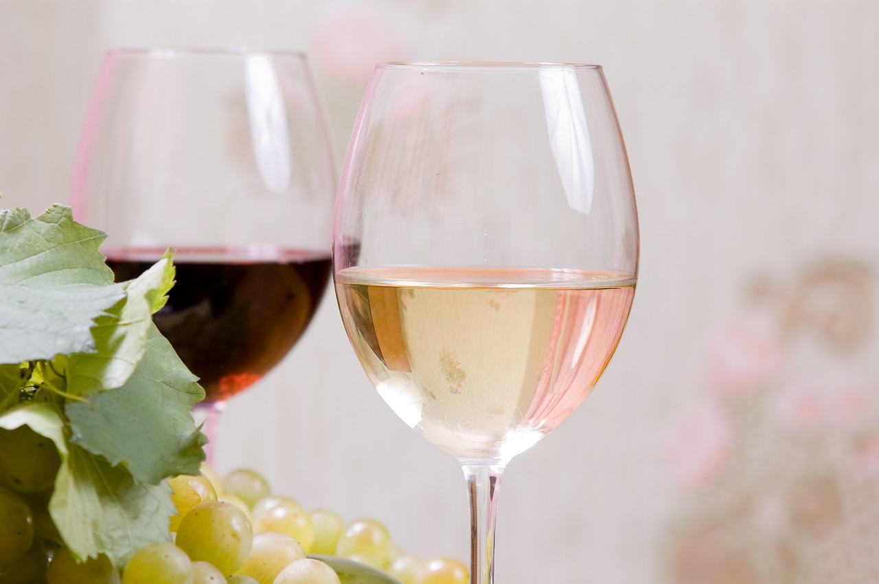 Wine-composition