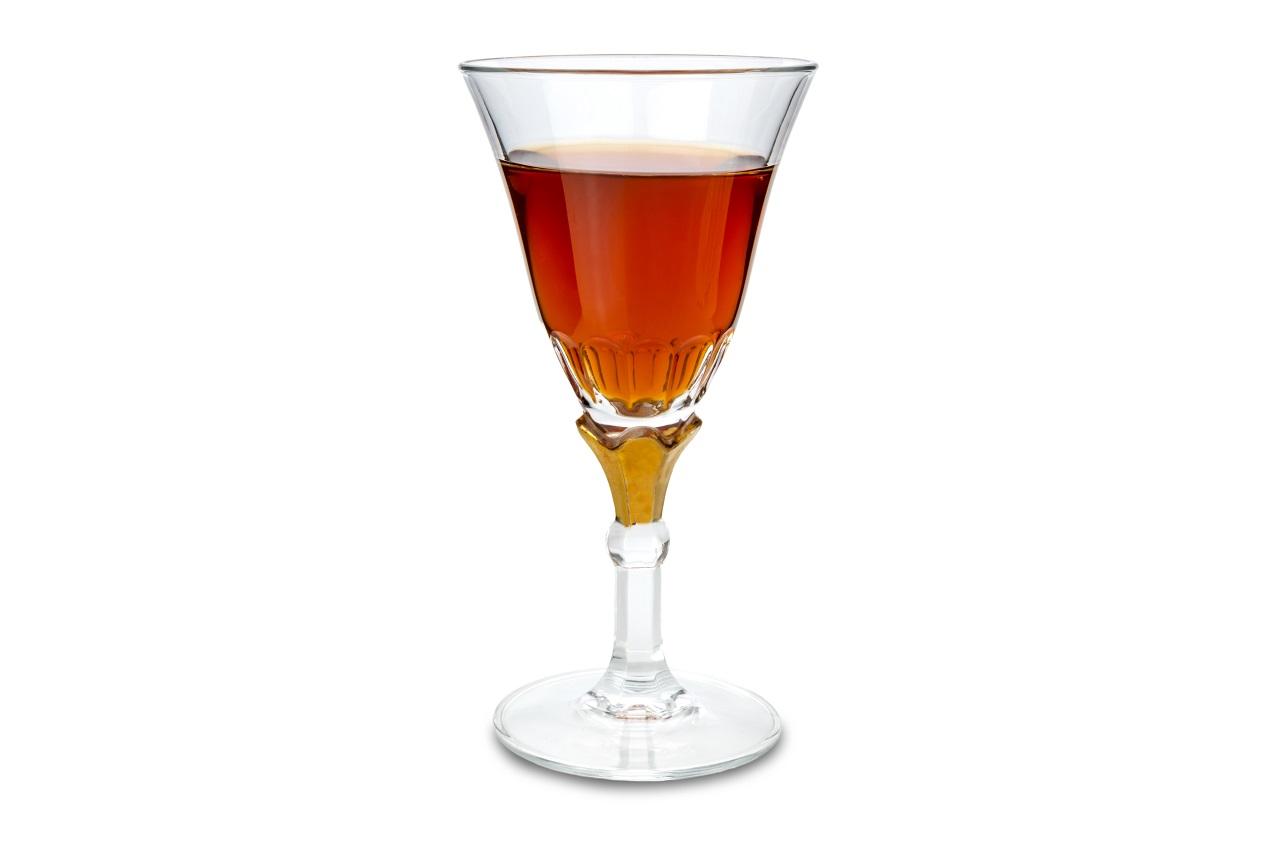 Marsala-wine-in-goblet-glass